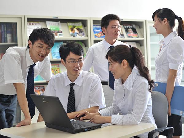 Nhwa employees